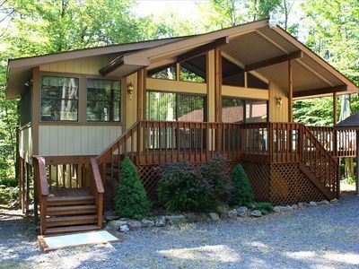 Poconos Pines - Pinecrest Lake house rental