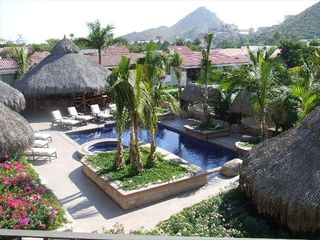 Cabo San Lucas condo photo - Lots of sun & plenty of shaded areas by the pool