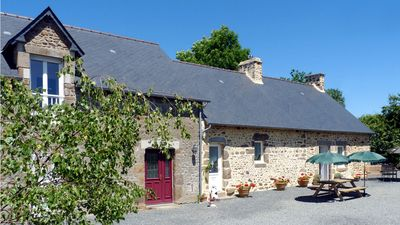Restored Farmhouse. Large Detached House In Beautiful, Tranquil Country Setting