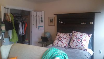 Fabulous Studio In Downtown Richmond Available For Short And Long Term!