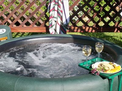 The Hot Tub at Quail Cottage