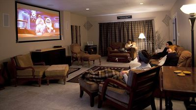 Lake Cle Elum lodge rental - Theater Room