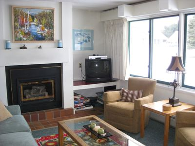 Stowe condo rental - Living area-has new HD TV