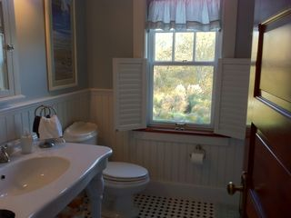 Green Hill cottage photo - Nope Not The Master Bath, Yet Every Bathroom Feels Like It!