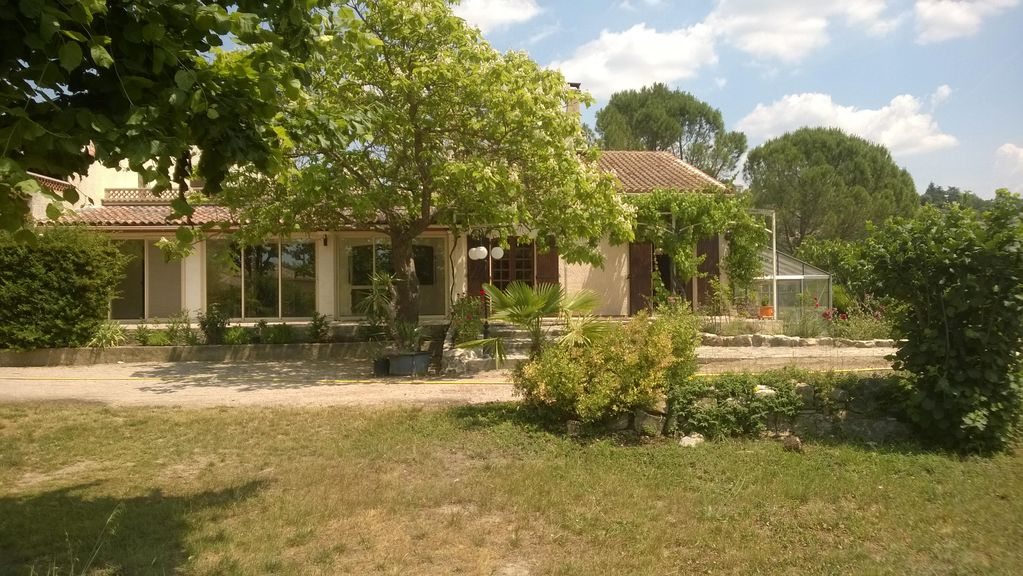 Peaceful house, close to the beach , Gréoux-les-bains