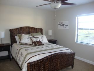 Vero Beach condo photo - Front Bedroom with Queen bed