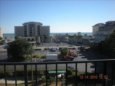 Holiday Towers condo rental - 1 block to Ocean