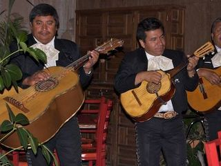 San Miguel de Allende studio photo - You're certain to find Mariachi's in the Jardin most nights