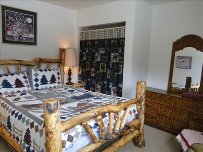 3rd Bedroom is also Comfortable with Cozy Log Cabin Furnishings