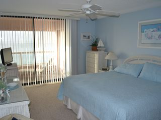 Sand Key condo photo - Master Bedroom