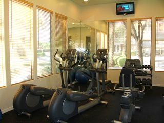 Kierland Scottsdale condo photo - Work out facility, treadmills,elliptical,stair climbers,weights and much more