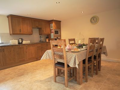 Converted Barn, Nr Bakewell- Access for Cyclist/Walkers onto the High Peak Trail