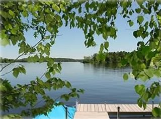 40 Foot L Shaped Dock with Sandy Lake Bottom for Great Swimming