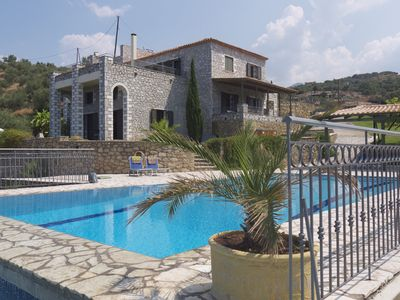 Luxury 6 bedroom sea view villa with private pool, hot tub and air conditioning