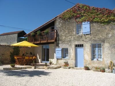 Accommodation near the beach, 105 square meters, , Fontaine-chalendray, Poitou-Charentes