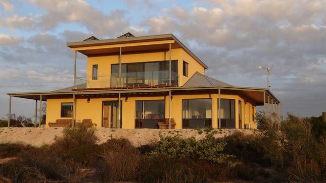 Dolphin - 5 bedroom Eco and Pet Friendly