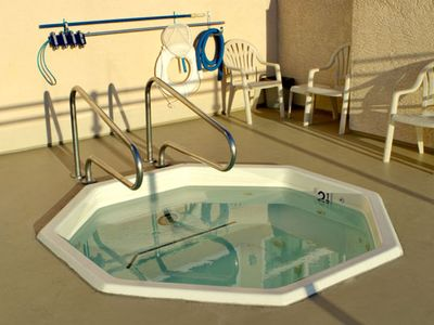 Oceanside condo rental - Jacuzzi