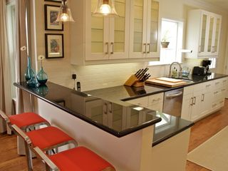 San Francisco condo photo - Countertops