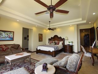 Playa Panama villa photo - The Royal Palm master suite.