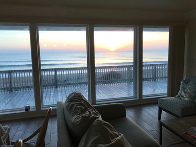 Ocean Front, Summer Haven! 360 Degree View !!  sunrise and sunset from your deck