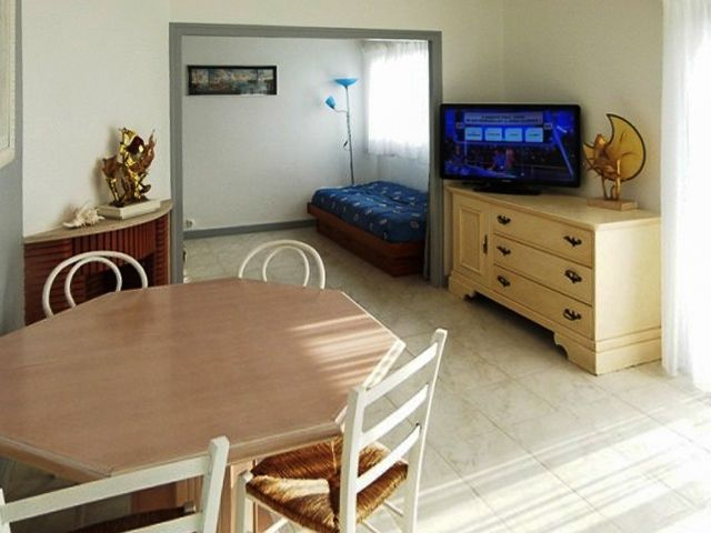 Peaceful accommodation, 49 square meters, recommended by travellers !