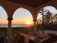 OCEAN FRONT PRIVATE BEACH LUXURY VACATION HOME w/HEATED POOL 6bdrm 4.5bath 9bed