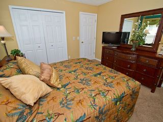 4th Master bedroom - Emerald Island villa vacation rental photo