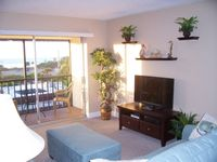 Beautiful condo directly across from Siesta Beach - Renovated with beach, gulf and pool views