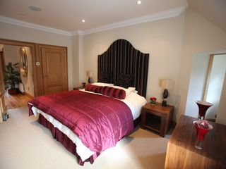 Auchterarder, Gleneagles and The Ochils apartment photo - Master Bedroom with En-suite Shower Room (may be Superking or twin beds)