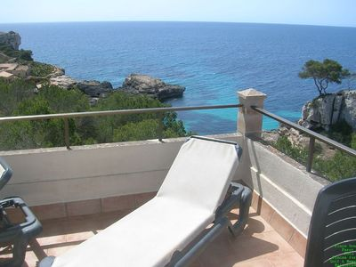 House in a fantastic location with sea view for 6 persons directly on the S'Almonia