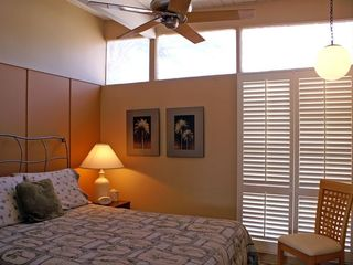 Palm Springs house photo - 3rd Bedroom. Queen Bed, Ceiling Fan, Spacious Closet, Clerestory Windows.