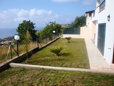 Tropea villa rental - Lower terrace