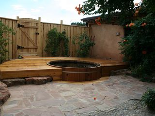 Santa Fe cottage photo - Cedar Tub in Secluded Courtyard