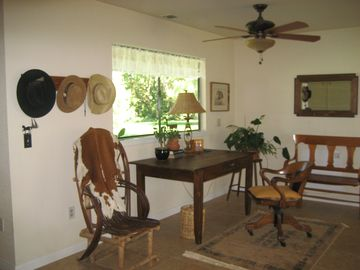 Great Room, Western Theme Desk/Computer Area with Garden View