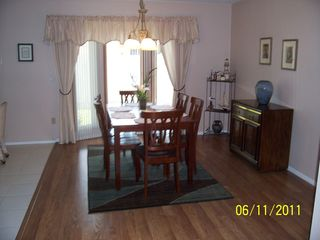 Venice house photo - Dining room, laminate flooring, seating for 6
