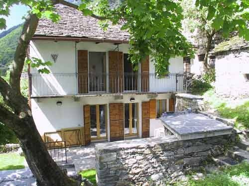 Accommodation near the beach, 75 square meters, , Lavertezzo, Switzerland