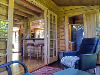 Huelo CHALET Rental Picture