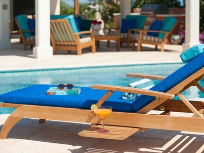 Providenciales - Provo property rental - Ample outdoor seating