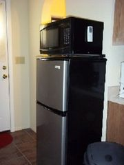 Prescott studio photo - Micro/refrigerator/inside main room.