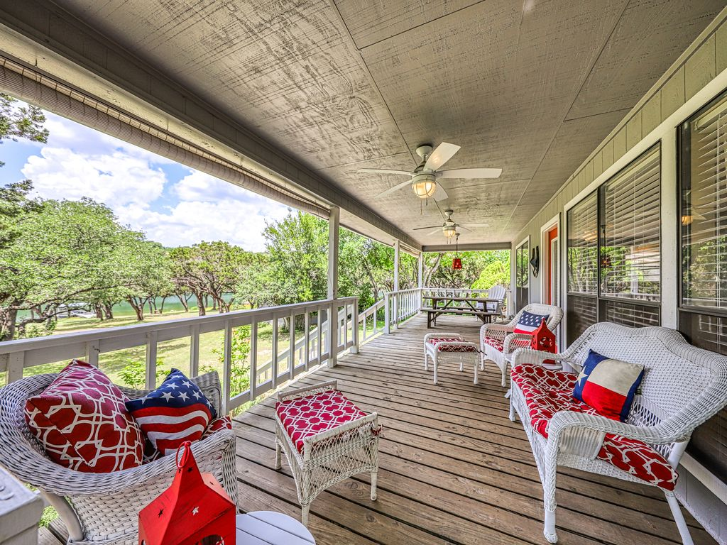 Lake Travis waterfront home w/ spacious deck and private dock-Near Austin