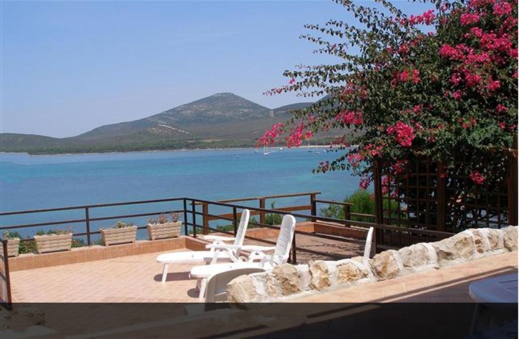 Accommodation near the beach, 80 square meters, , Porto Conte, Sardinia