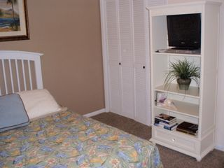 Gulf Shores condo photo - Quest Bedroom