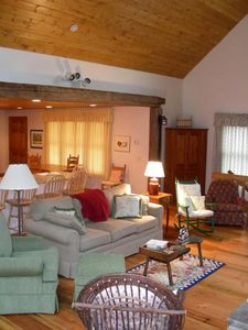 Great Room - 100 Year Old Heart Pine Floors - Chattanooga TN Cabin Rental