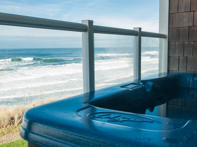 Lincoln City condo rental - Relax in Your Private Hot Tub Watching the Tide Come In