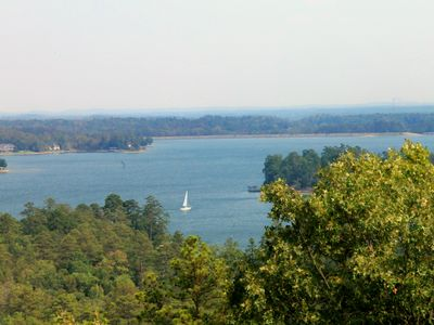 Spectacular views of the lake and fall foliage