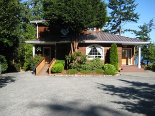 Freeland house photo - Harbor Hideaway with parking space and handicapped friendly.