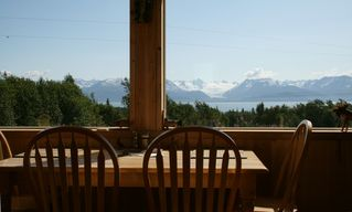 Homer chalet photo - Dine with a glacier vista!