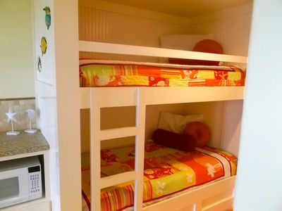 Frangista Beach townhome rental - beach bunks