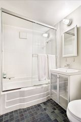 Mill Valley house photo - Bathroom