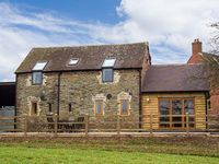 THE OLD BYRE, family friendly in Caynham, Ref 920667